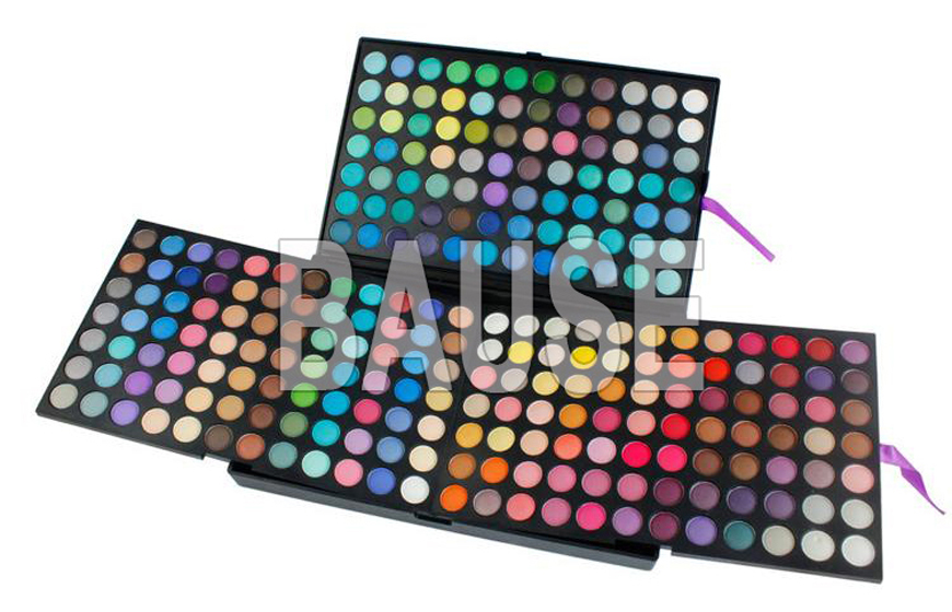 Large Eyeshadow Palette